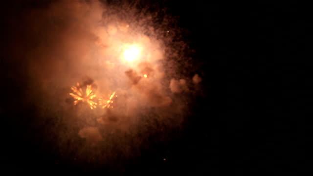 HD: Kleurrijke vuurwerk Nieuwjaar