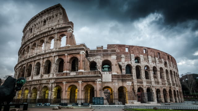 timelapse: colosseum in rome, italy - 4k cityscapes, landscapes & establishers - old ruin stock videos and b-roll footage