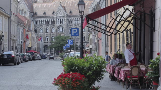 colourful streets, buildings & signs on castle hill district, budapest, hungary, europe - castle hill budapest stock videos and b-roll footage