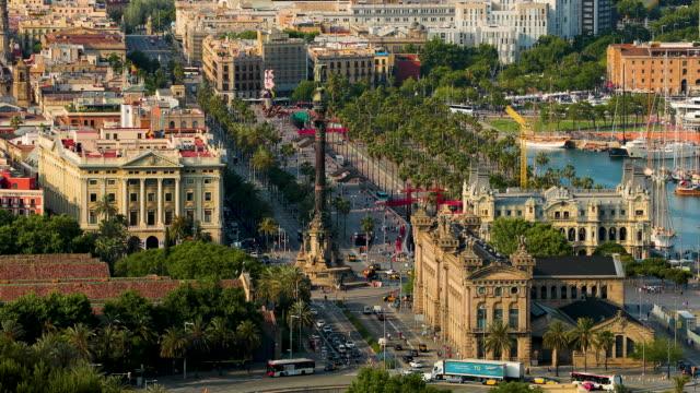 vídeos de stock e filmes b-roll de columbus monument & port vell, barcelona, spain - porto de barcelona