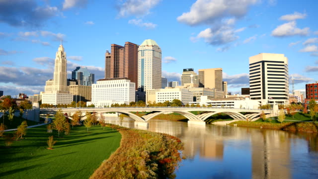 columbus, ohio skyline - capital cities stock videos & royalty-free footage