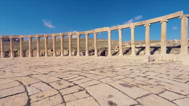 column at historic site of ancient rome/ jerash, jordan - history stock videos & royalty-free footage