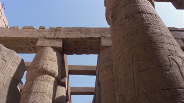 la ms column in luxor temple/ pan td column/ luxor, egypt - male likeness stock videos & royalty-free footage