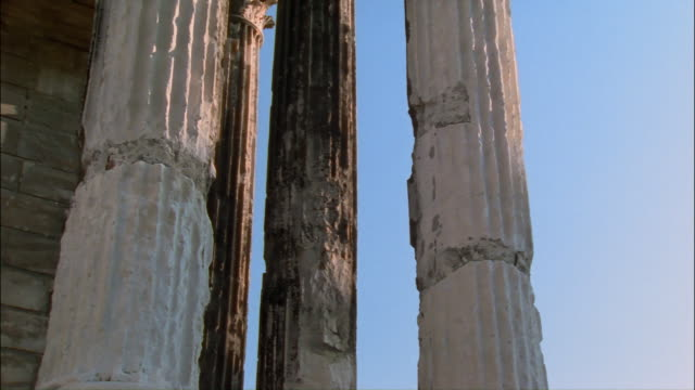 cu, pan, columns in maison carree, nimes, france - roman stock videos and b-roll footage