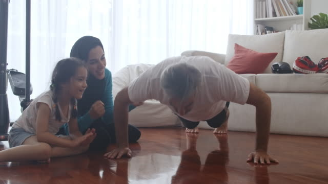 com on dad, you can do this, almost 100 push up. - middle eastern ethnicity stock videos & royalty-free footage