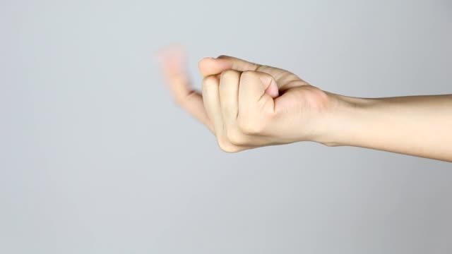 besuchen sie uns hier hand geste (hand-symbol) - heranlocken stock-videos und b-roll-filmmaterial