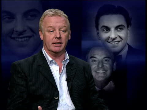 vídeos de stock, filmes e b-roll de comedian bob monkhouse dies; itn les dennis interview sot - he said to be a good game show host you have to be like the host of a party & make people... - game show