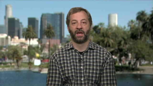 stockvideo's en b-roll-footage met comedian judd apatow interview; england: london: gir: int judd apatow 2-way interview ex usa sot - on stand up comedy - in american politics the... - satire