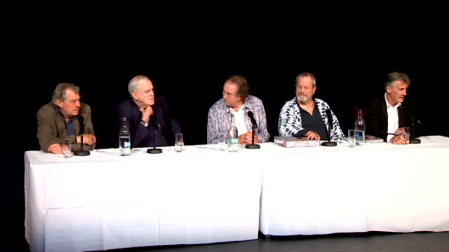 stockvideo's en b-roll-footage met monty python press conference ahead of reunion show; jones, cleese, idle, gilliam and palin press conference sot - monty python