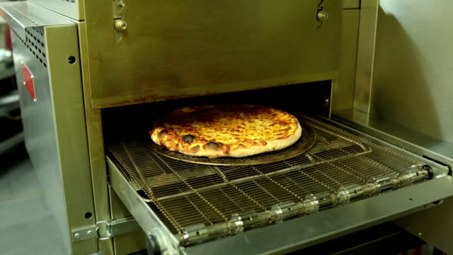 commercial pizza oven, fast motion, real time 4mins - pizza oven stock videos and b-roll footage