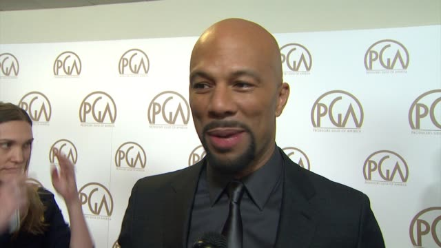 vidéos et rushes de common on being nominated, on making the rounds to all the awards shows at 26th annual producers guild awards in los angeles, ca 1/24/15 - producer's guild of america awards