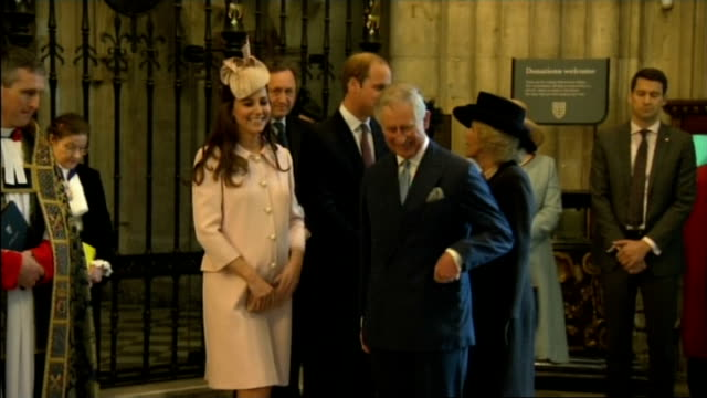 vidéos et rushes de commonwealth day service at westminster abbey england london westminster prince william duke of cambridge and catherine duchess of cambridge along... - service religieux