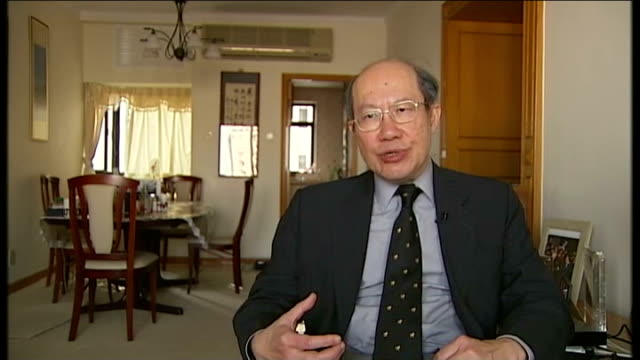 leadership transition / corruption warning willy lam interview sot gvs delegates down steps from great hall of the people vox pops shenzhen gvs... - chinese communist party stock videos and b-roll footage