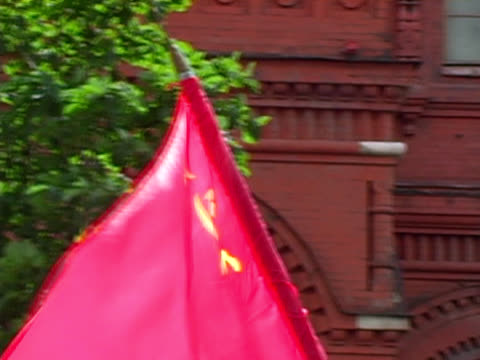 communist soviet ussr flag at rally / protest (moscow) - communist flag stock videos & royalty-free footage