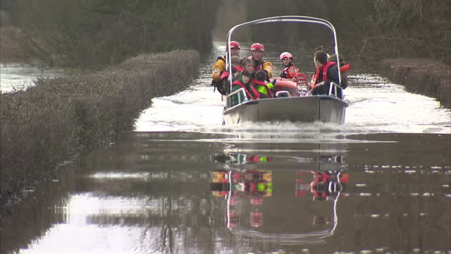 Communities across southern England are being warned of a new risk from flooding with residents along the Thames told to prepare for levels to rise...