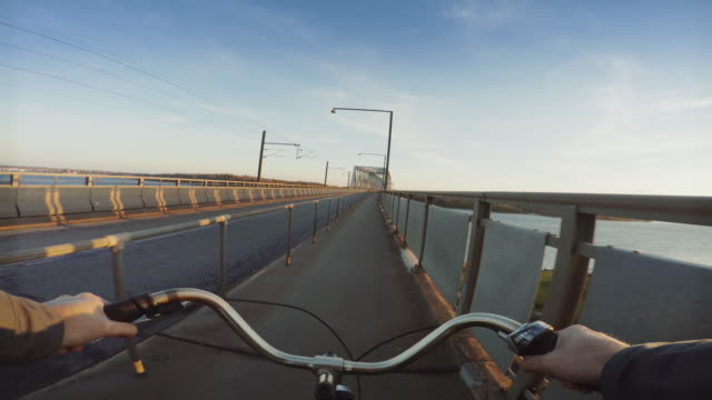 commuter with bicycle in denmark pov - handlebar stock videos & royalty-free footage