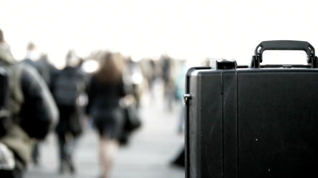 stockvideo's en b-roll-footage met commuters: city briefcase. - attaché