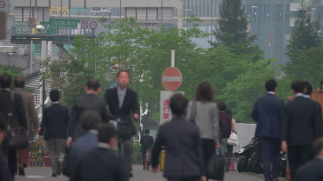 commuters in the central tokyo - 通勤点の映像素材/bロール