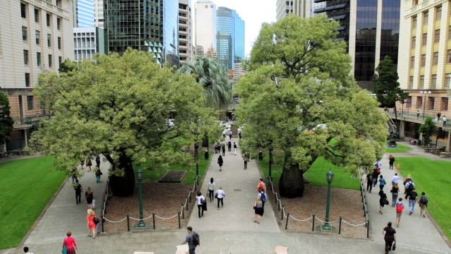 commuters on way to work, anzac square, central brisbane, queensland, australia, southern hemisphere - southern hemisphere stock videos & royalty-free footage