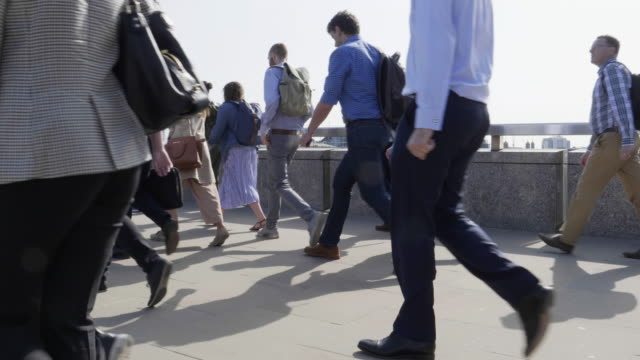 commuters walking to work in summer. sm - city of london stock videos & royalty-free footage