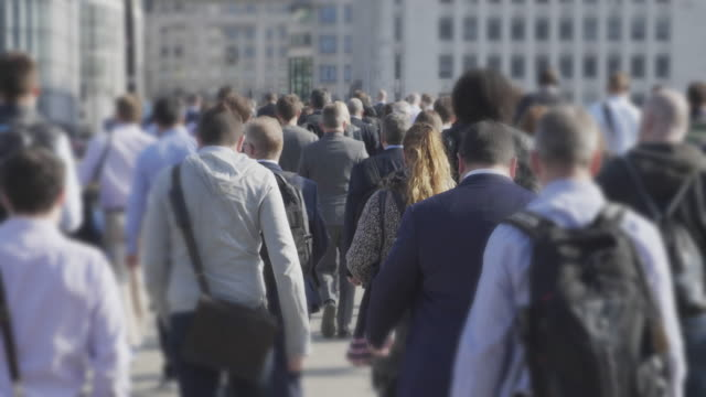 commuters walking to work. sm - crowded stock videos & royalty-free footage