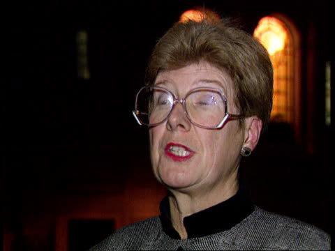 compensation plans for victims itn cms barbara mills qc intvwd sot remarks calling for resignation was a cheap jibe/we work for the police and the... - jahreshauptversammlung stock-videos und b-roll-filmmaterial