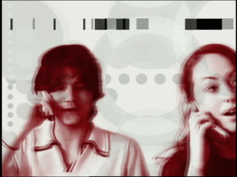 composite close up pan teenage boys and girl talking on mobile phones with geometric shapes in background - 合成膠片 個影片檔及 b 捲影像