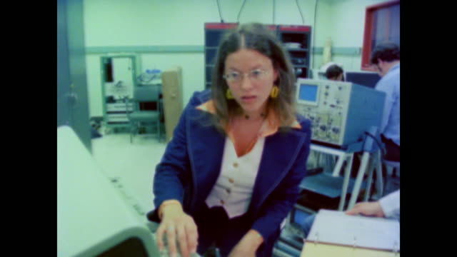 computer engineer sharon orkansky explains the diversity of working as a computer specialist at nasa - anno 1981 video stock e b–roll