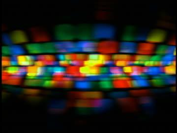 vídeos y material grabado en eventos de stock de computer generated image color patterns suggesting genetic data moving across screen - psicodélico