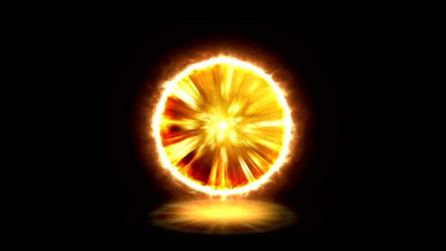 vidéos et rushes de effet de portail généré par ordinateur ou effet de boule d'énergie plasma orange - auréole