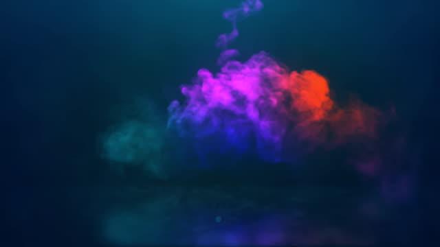 コンピュータは、火花と暗い煙を輝かせます魔法の爆発のような渦を生成しました。3d レンダリング - 特殊効果点の映像素材/bロール