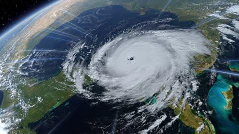 vídeos y material grabado en eventos de stock de computer graphic showing a hurricane forming over the gulf of mexico - tormenta tiempo atmosférico