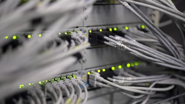 Computer Netzwerk-Switch mit blinkenden Lichter Schärfenverlagerung (4 k UHD) /