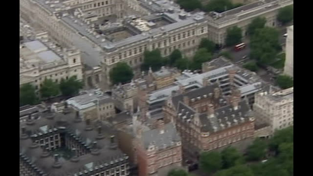 chinese hackers targetting whitehall departments england london westminster ministry of defence building - イギリス国防省点の映像素材/bロール