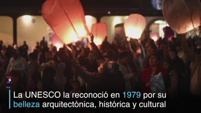 Con un lanzamiento de globos en Antigua los guatemaltecos celebraron el aniversario del nombramiento de la ciudad como patrimonio de la humanidad por...