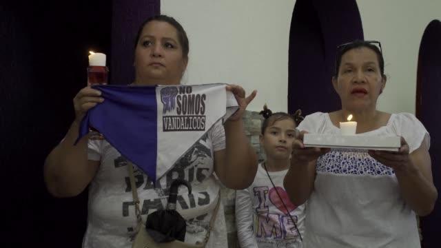con una misa en managua nicaraguenses recordaron el domingo a los cientos de manifestantes que han muerto o han sido encarcelados en los ultimos seis... - managua stock videos & royalty-free footage
