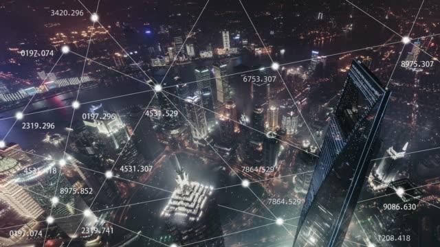vídeos de stock e filmes b-roll de t/l 5g concept and city network of shanghai at night / shanghai, china - evolução