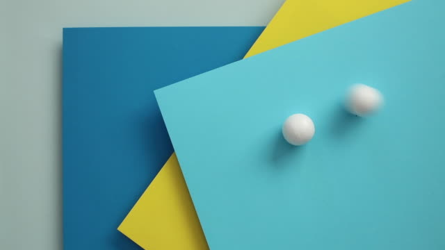 vidéos et rushes de image conceptuelle des blocs géométriques - embarras du choix