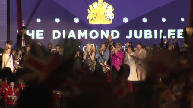 concert diamond jubilee at buckingham palace on june 04 2012 in london england - bbc stock videos & royalty-free footage