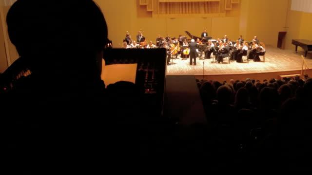 concert of classical music, timelapse - 席点の映像素材/bロール