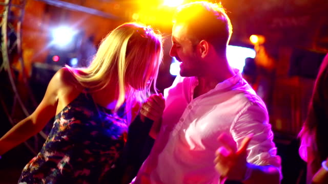 concert party. - cantare video stock e b–roll