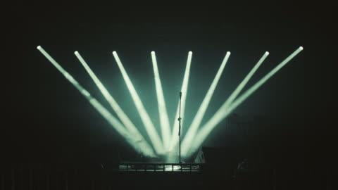 vídeos y material grabado en eventos de stock de concierto etapa - auditorio