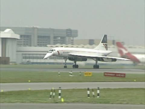concorde lands at heathrow airport after a flight from washington the supersonic airliner contained uk prime minister john major who had been... - british aerospace concorde stock videos & royalty-free footage