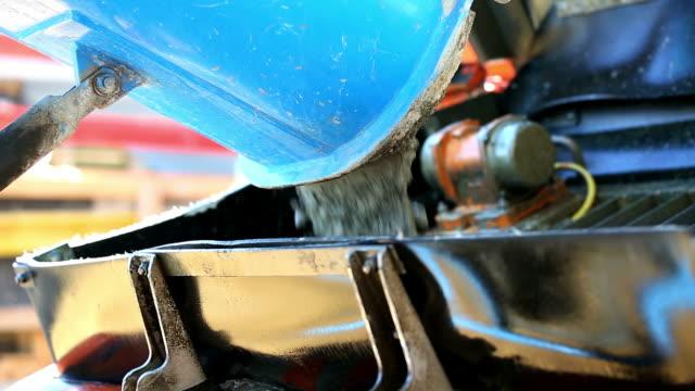 vídeos y material grabado en eventos de stock de descarga cinemagraph de cemento del mezclador concreto - cement mixer