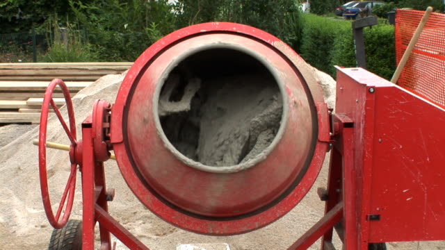 hd: concrete mixer - cement stock videos & royalty-free footage