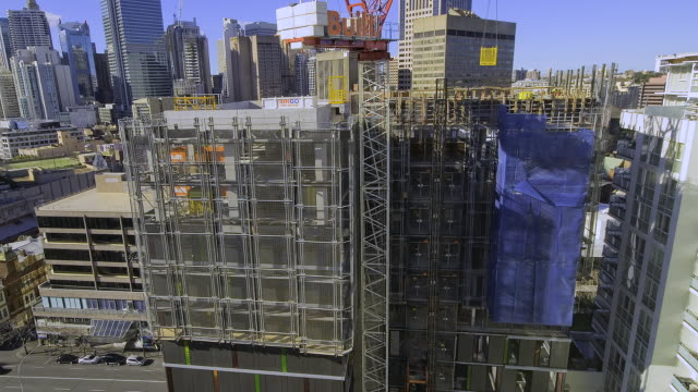 t/l ms zi concrete pouring in making highrise building and crane operate in fast motion / sydney, new south wales,  australia - scaffolding stock videos & royalty-free footage