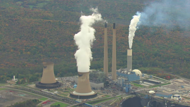 WS AERIAL Conemaugh Generating Station steam towers in Cambria County / Pennsylvania, United States