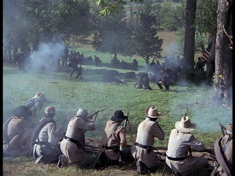 confederate soldiers firing on and chasing the retreating union soldiers. - confederate states of america stock videos & royalty-free footage