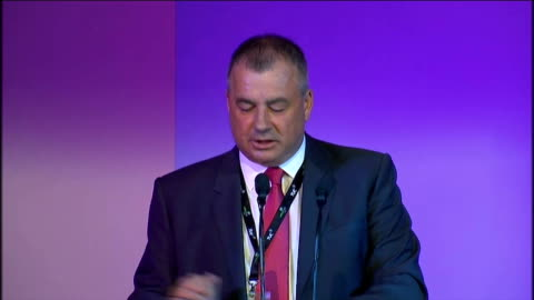 brendan barber speech; brendan barber speech continued sot congress, whether it's fighting cuts to pensions, fighting nhs reforms, or fighting... - 労働組合会議点の映像素材/bロール