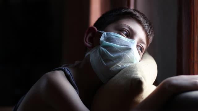 vídeos y material grabado en eventos de stock de confinamiento para la pandemia de coronavirus - orden de permanecer en casa